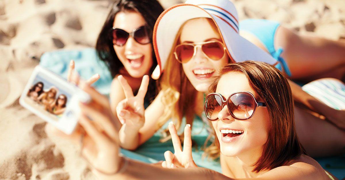 С подружками на отдыхе фото — photo 10